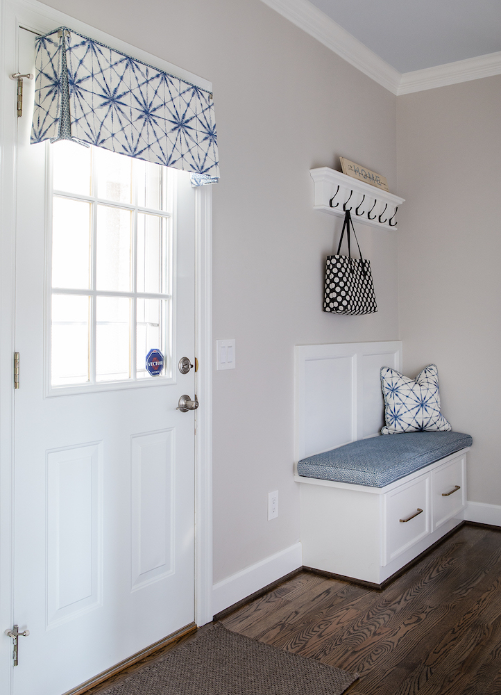 Laundry Room With Stationary Panel And Custom Pillow