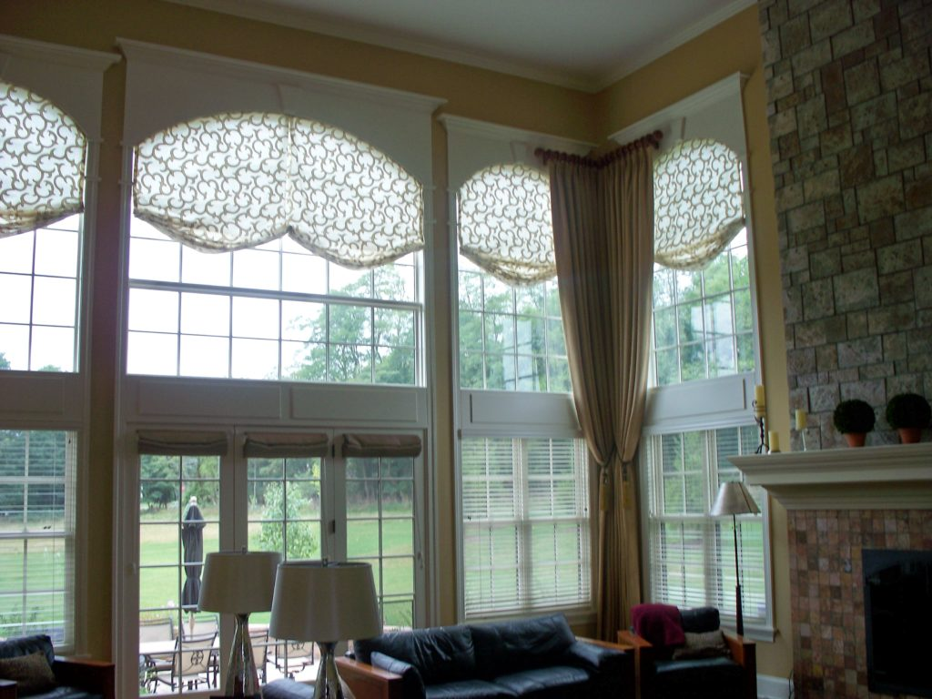 Arched relaxed roman shades