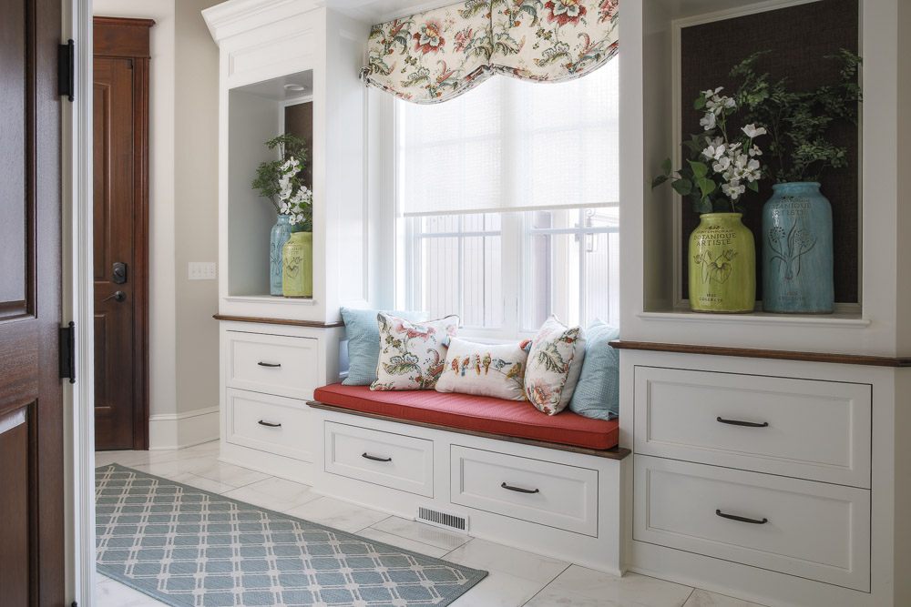 Mudroom with a bench decor updates for the holidays